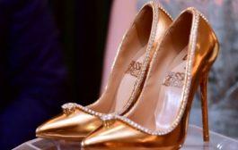 فندق في دبي يعرض أغلى حذاء في العالم للبيع  بسعر 17 مليون دولار