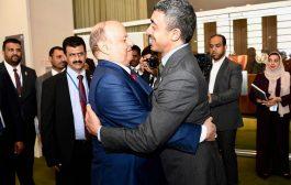 الرئيس هادي يؤكد على متانة العلاقات اليمنية الاماراتية