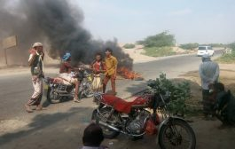 مزارعون غاصبون يقطعون خط جعار زنجبار في ابين