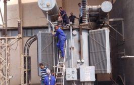 صيانة شاملة لمحطات تحويل كهرباء عدن بتوجيهات من الشعبي