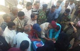 محافظ الضالع يدشن الحملة الوطنية للتطعيم ضد شلل الأطفال في المحافظة