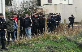 الشرطة الفرنسية تركّع 146 طالبا لاحتجاجهم على الغلاء
