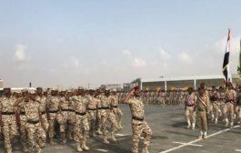 بعد عامين من ترقيمهم : 400 جندي من لواء الثلاثا بعدن يطالبون بصرف مرتباتهم