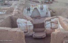وزارة الآثار المصرية تعلن اكتشاف مقبرتين رومانيتين