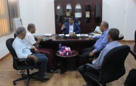 وكيل اول محافظة عدن يلتقي لجنة تفعيل الحراسات القضائية