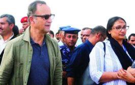 صحيفة دولية : يوم عصيب مضى على الجنرال الهولندي كومارت في الحديدة