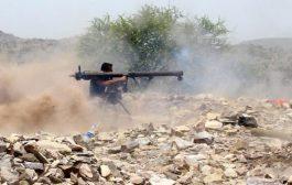 اشتباكات عنيفة شمال الضـالع والجيش يقصف مواقع الحـوثيين