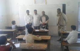 بسبب انتشار الكوليرا مدير إدارة التربية والتعليم يهر بلحج يوقف الإمتحانات