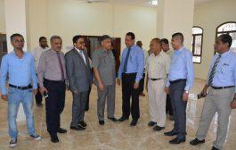 نائب وزير الإعلام ومعاونيتفقدان مبنى وكالة الأنباء اليمنية سبأ في عدن