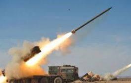 الحوثيون يطلقون باليستياً من ميناء الحديدة والتحالف يحقق بحادث عرضي محتملج