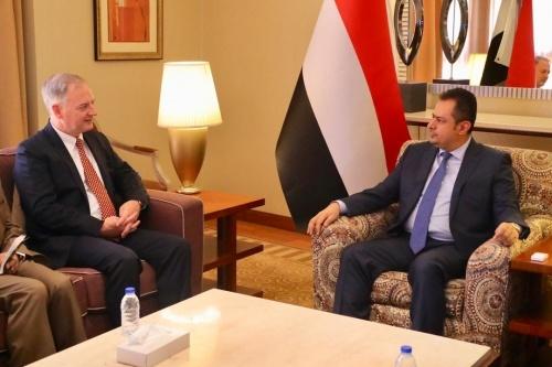 رئيس الحكومة من عدن: لا حل الا دولة اتحادية من ستة أقاليم