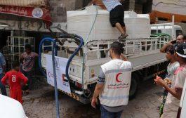 الهلال الاحمر الاماراتي يقضي اجازة العيد بتقديم اعمال انسانية