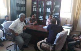 العفيف يلتقي ممثلي منظمة كير بالضـالع
