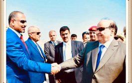 المجلس الانتقالي يعلق على لقاء الرئيس هادي بالزبيدي والوفد المرافق له