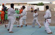 لحج: عروض رياضية بمشاركة 150 طالب وطالبة للاحتفال باليوم العالمي للطفل