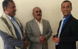 """السكرتير الاعلامي للرئيس صالح """"لاعاد للاصلاح قيمة ولا مع المؤتمر صف"""""""