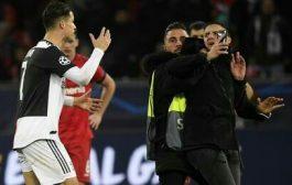 مشجع يثير رعب رونالدو !!