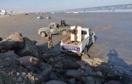 عدن : حملة أمنية لمنع مضغ القات في السواحل والمتنزهات