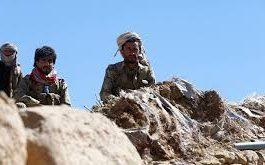بقيادة قائد من إب: انسحاب عشرات المقاتلين الحوثيين من جبهة الضالع