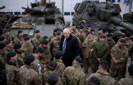 بريطانيا ترفع جاهزيتها العسكرية في المنطقة.. ووزير خارجيتها: لأمريكا الحق في الدفاع عن نفسها