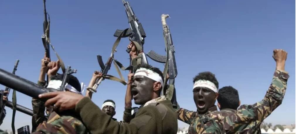 مليشيات الحوثي : مارد من الجن وراء إصابة العشرات من المجندين بالجنون