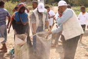 بمناسبة اليوم الوطني للبيئة تدشين حملة نظافة تشجير للخط العام بالخداد في لحج