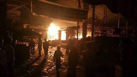 ما حقيقة إحراق وإغلاق أشهر سوق قديم في مدينة تعز!!