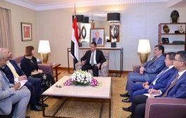 رئيس الوزراء: طريق السلام في اليمن واضح ولا خلاف عليه بموجب المرجعيات