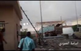 شاهد بالفيديو: انفجار عمود بمحطة عباس للكهرباء بلحج كاد يسبب كارثة