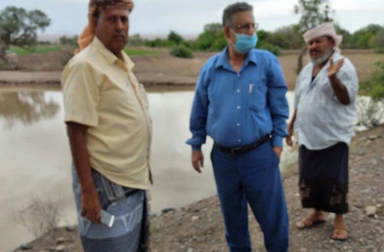 وكيل وزراة الزراعة يتفقد عدة معابر مائية بمديرية تبن محافظة لحج