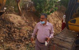 وكيل وزراة الزراعة يتفقد سير العمل في معبر يغذي 1000 فدان بلحج
