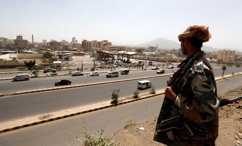 نتيجة إهمال طبي متعمد.. وفاة مختطفين في سجون الحوثي بصنعاء