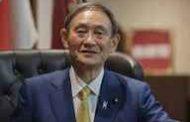 العصامي يوشيهدي سوغا على بعد خطوات من رئاسة الحكومة اليابانية