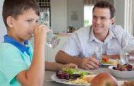 خبراء تغذية : مواد غذائية لا ينصح بتناولها على الريق