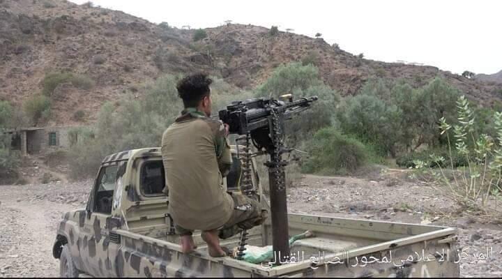 القوات الجنوبية في الضالع تحقق تقدم في جبهة تورصة الأزارق وتسيطر على مواقع