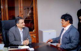 المحافظ لملس ولقاء مع فناني ومبدعي العاصمة المؤقتة عدن