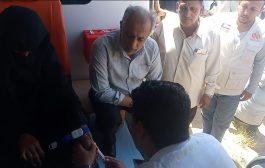 مدير البريقة يدشن العيادة المتنقلة لعدد من المناطق النائية بالمديرية