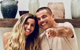 الفنان عمرو دياب وحبيبته دينا .. الانفصال وسنوات الحب