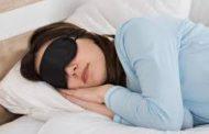 تعرف على أشياء لا ينبغي عملها قبل الخلود للنوم