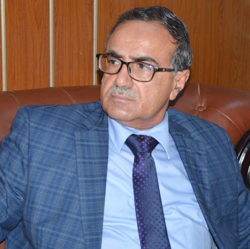 شخصيات أكاديمية وسياسية واجتماعية تتضامن مع رئيس جامعة عدن