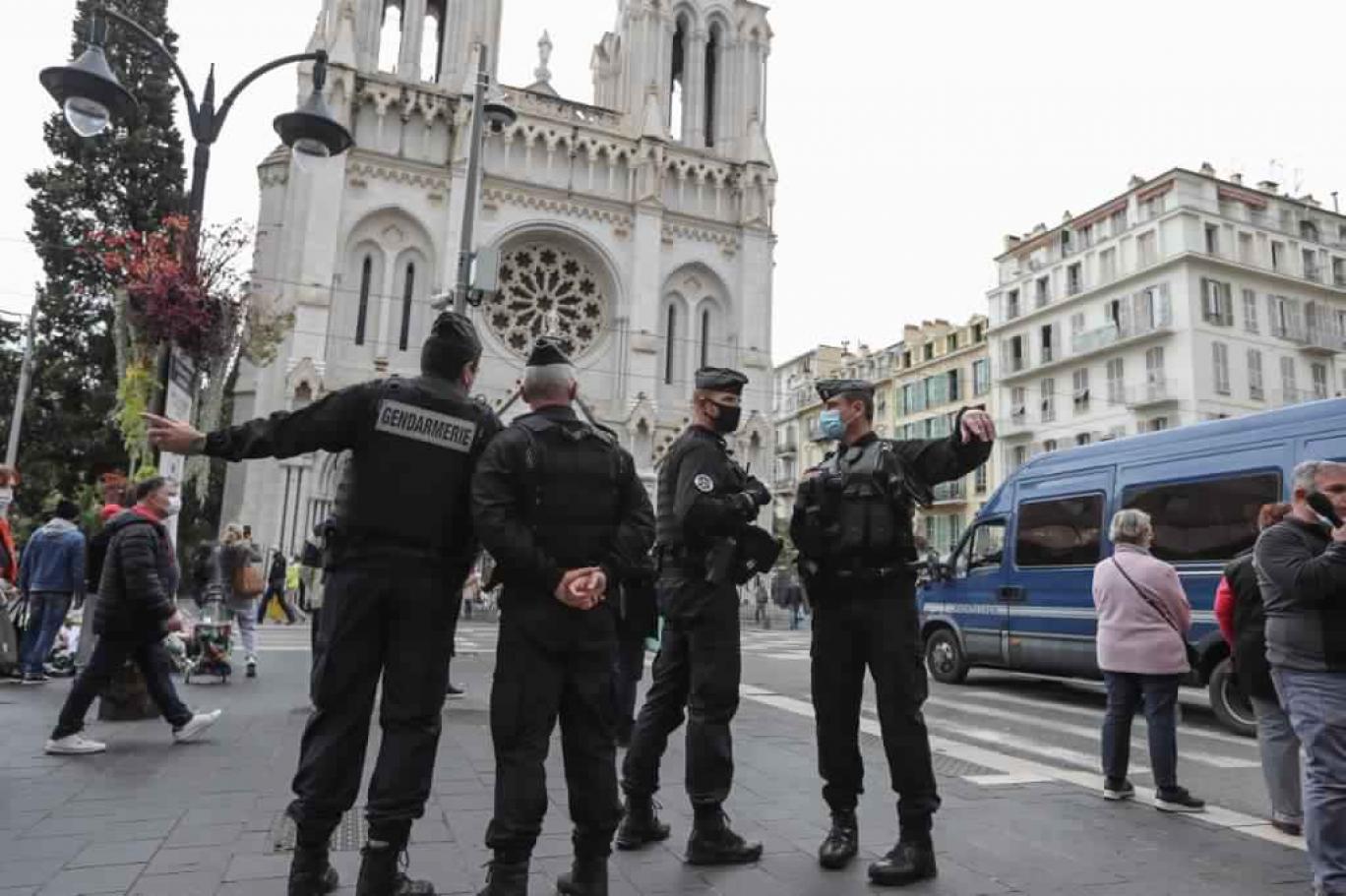 هل سيقضي الإسلام السياسي على الفقيه لصالح الداعية؟