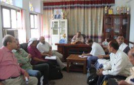 محافظ لحج يشكل لجنة إستلام وتسليم بين قيادتي مكتب التربية السابقة واللاحقة