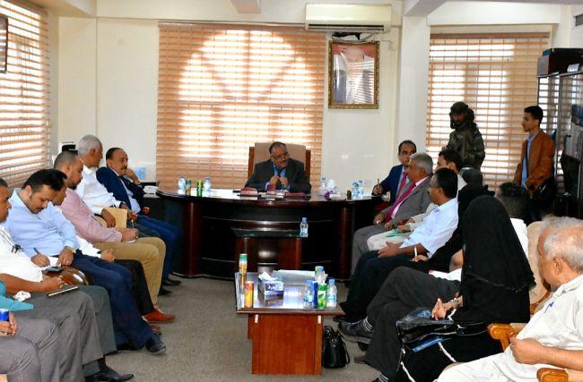 وزير النقل يطلع على نشاط عمل الهيئة العامة للشؤون البحرية عدن