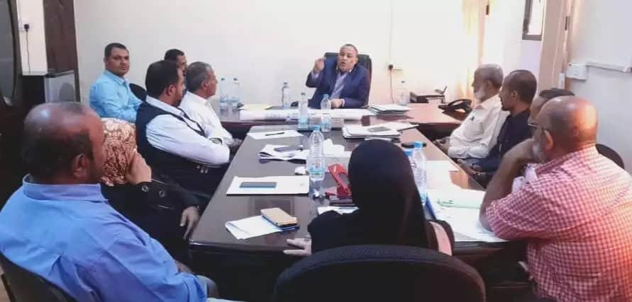 مدير شرطة العاصمة عدن يلتقي مدير مكتب المبعوث الأممي في عدن