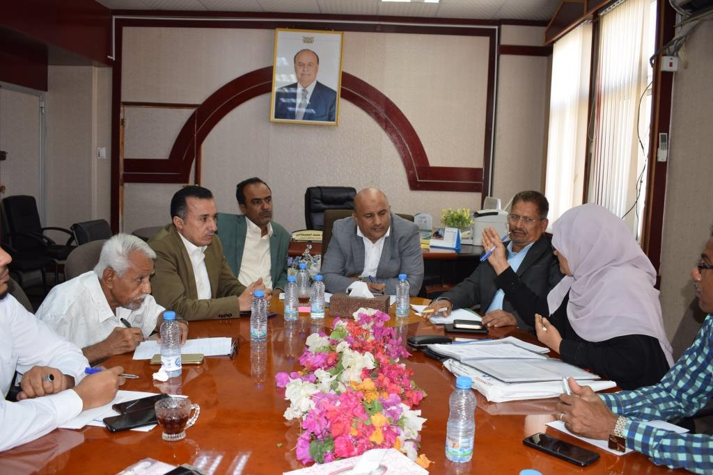 اقرار الزيادة في رسوم النقل وآلية ضبط عملية التحصيل في عدن