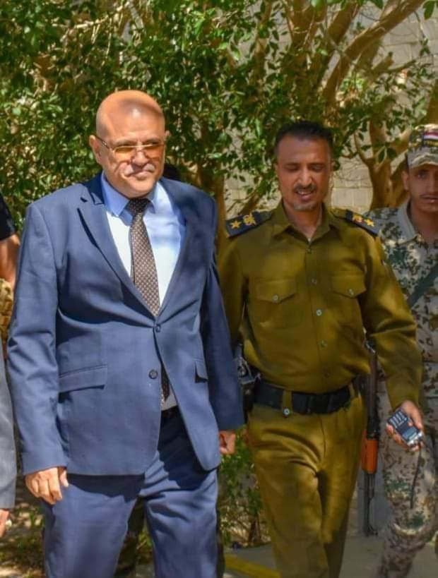 اطلاق سراح قائد القوات الخاصة عقلان ومرافقي محافظ تعز بعد تنفيذ شرط