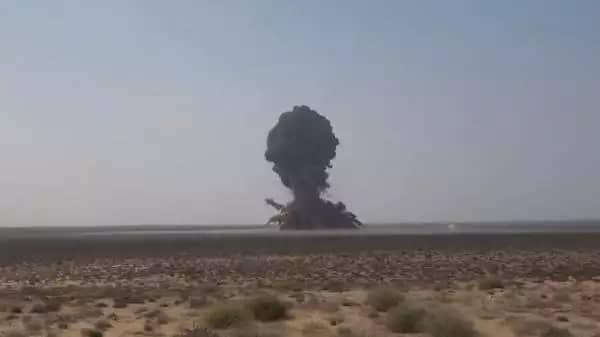 في ظل التقدم المستمر القوات الشرعية .. الحوثيون يلجئون للصواريخ الباليتسية