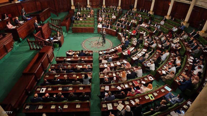 حل البرلمان والانتخابات المبكرة.. سيناريو يعود للواجهة بتونس