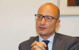 السفير الفرنسي يدعو جماعة الحوثي إلى القبول بمبادرة الرياض للسلام بالكامل
