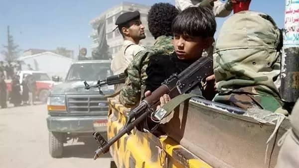 مليشيات الحوثي تقصف أحياء وقرى مأهولة بالسكان بمديرية التحيتا
